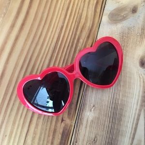 Red heart sunglasses ❤️❤️❤️